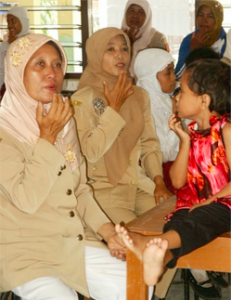 pic of malay women as they tap emotions